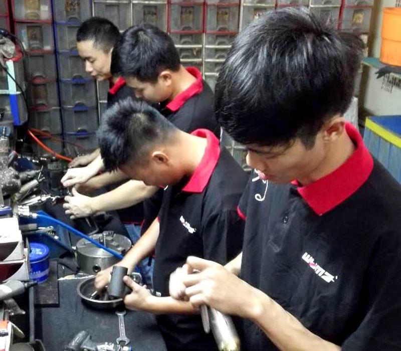 WM maintenance team working